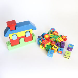 Wooden Puzzling Set